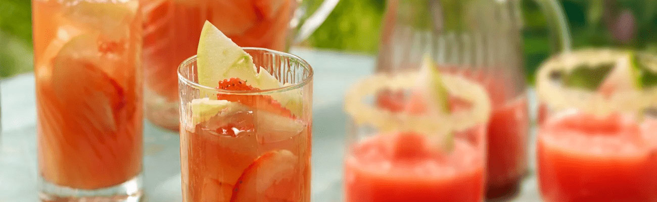 Pineapple & Strawberry Punch Image